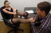 foot-mistress