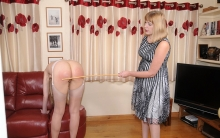 spanking-sarah (4)