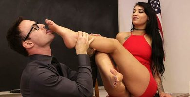 goddess foot domination